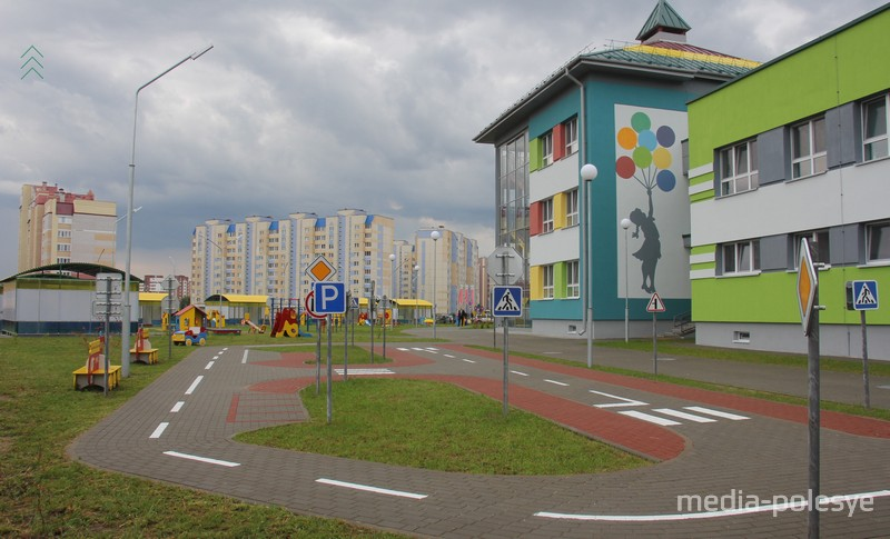 Конструкции на игровых площадках в Пинске
