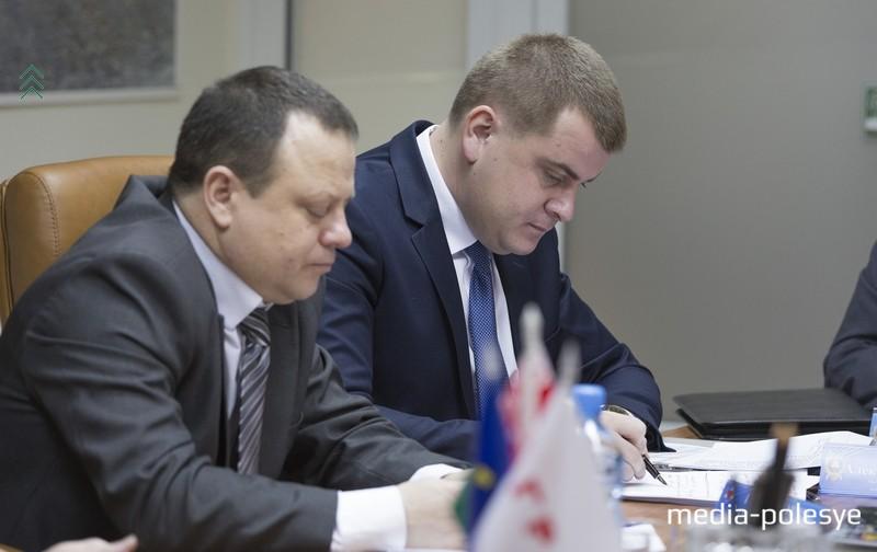 Гендиректор =Гранита= Эдуард Гаврилкович и прокурор Лунинецкого района Александр Карлюк