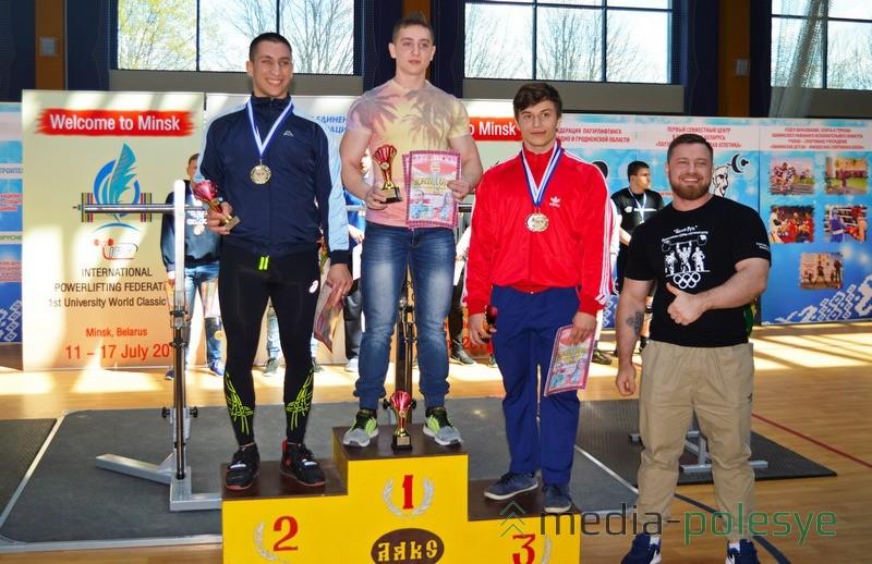 Награждается Денис Молдованов за первое место в абсолютной категории
