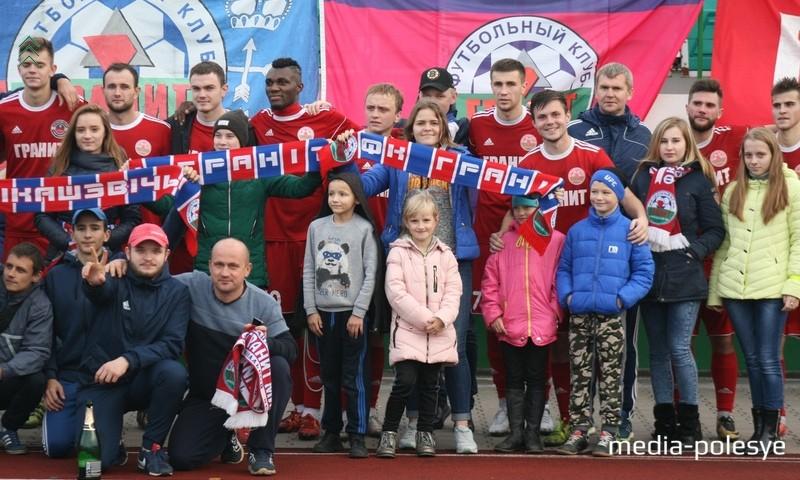 «Было очень приятно работать с этим коллективом», - делится впечатлениями о сезоне Олег Анатольевич