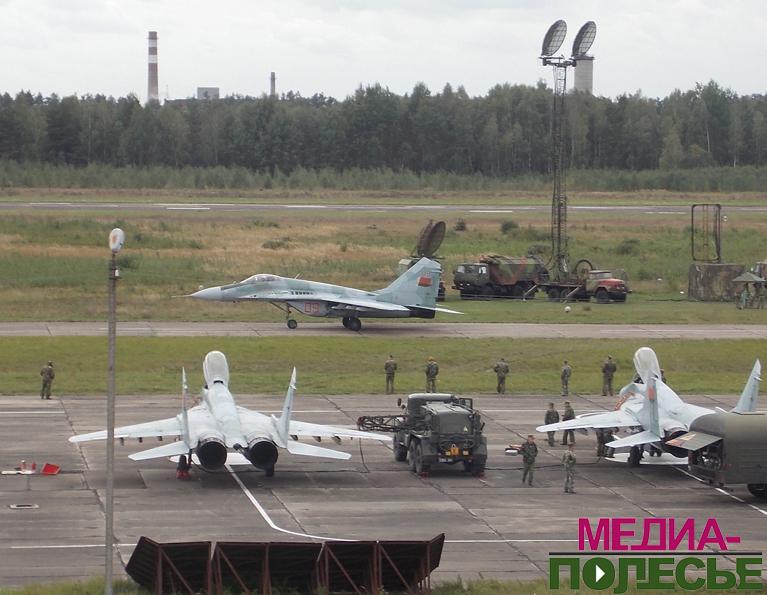 Лунинецкий аэродром. Фото из архива Медиа-Полесья