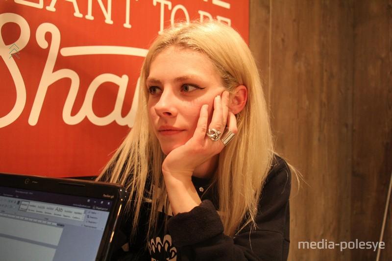 Вероника планирует потратить сертификат вместе с молодым человеком