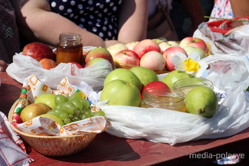 Яблоки – от них пошло название Яблочный спас