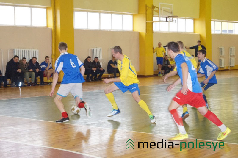 Матч между командами Локомотив (депо) - ЛГППТК