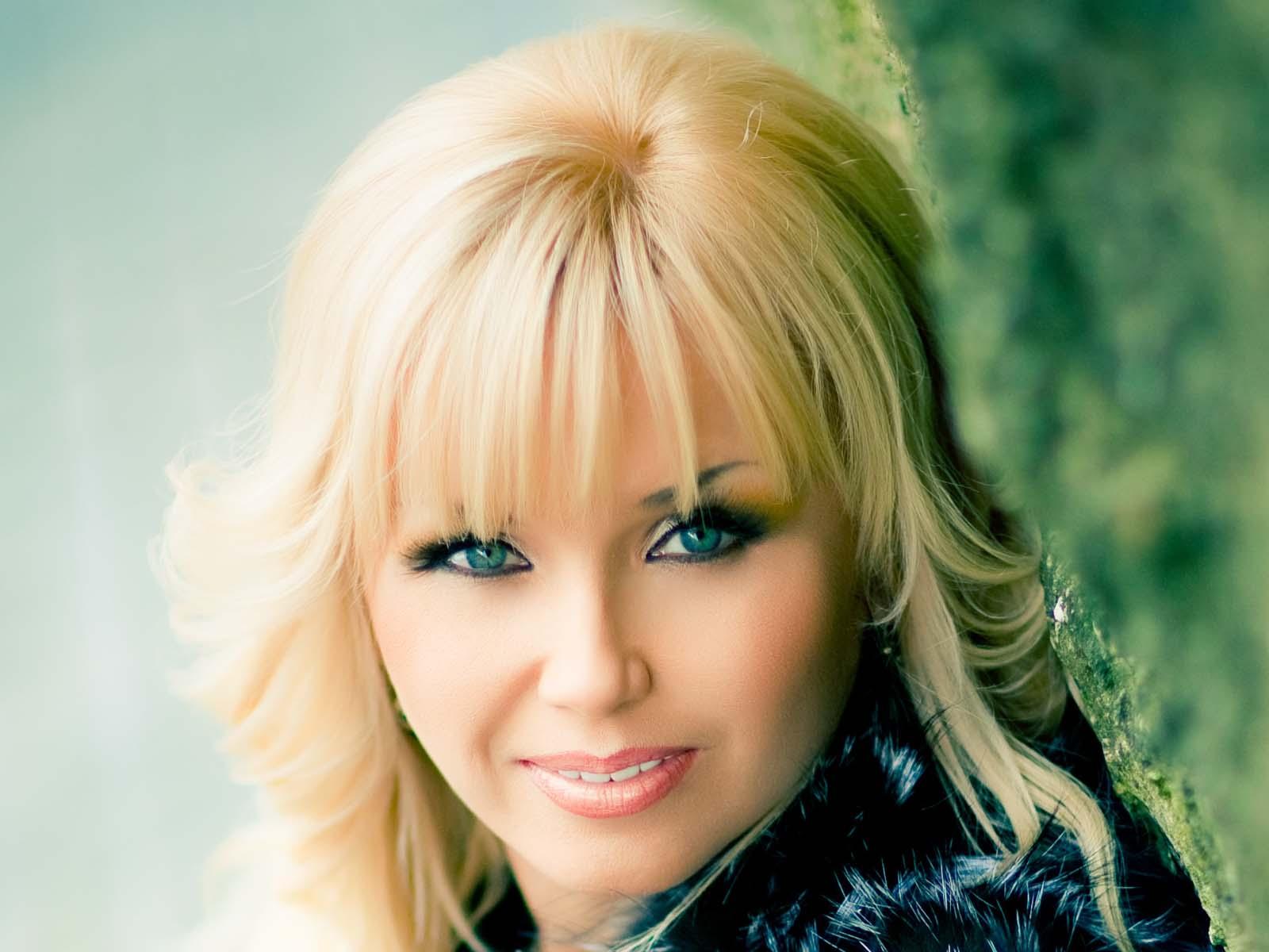 какой-нибудь белорусские певицы список и фото множество информации, которую