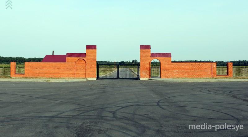 В Столине открыли новое городское кладбище. Но туда не везут покойников