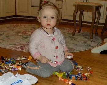 Девочка-конфетка