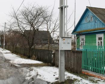 В Турах электросчетчики из домов вынесли на улицу