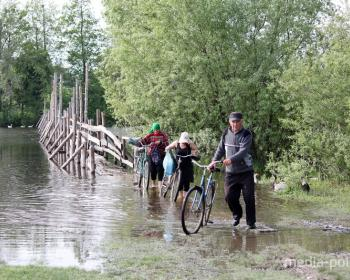 Мост в Рубле через речку Чаква – зависть жителей Хорска