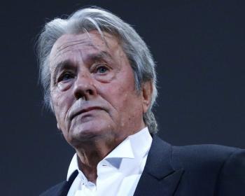 Каннский кинофестиваль наградил Алена Делона высшей наградой за его артистическую карьеру