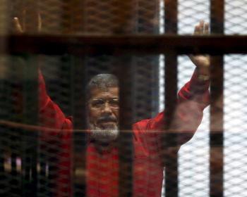 СМИ назвали причину смерти экс-президента Египта в здании суда