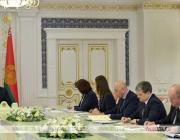 Совещание у Лукашенко: власти хотят по-новому оценивать рейтинги СМИ и переделить рынок рекламы