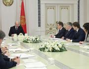 Лукашенко передумал делить журналистов на «наших» и «не наших»