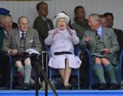 Королева Елизавета II может покинуть британский трон к своему 95-летию