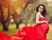 7 универсальных хитростей в одежде для беременных женщин