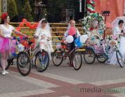 «Невеста на велосипеде» в Пинске
