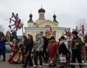 В Пинске народ приглашают «погулять» на площади