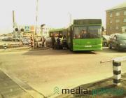 В Пинске автомобиль столкнулся с рейсовым автобусом