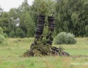 В Пинском районе на Купалье плели венки и прыгали через костёр, а в Украине молодёжь снимала в деревне калитки