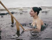 Крещенские купания в Лунинце. Видеосюжет