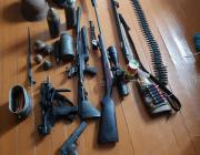 29-летний житель Пинска хранил в своей квартире боевое оружие и боеприпасы