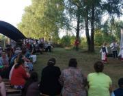 Новый спектакль и новые роли: в Луке работает интеграционный лагерь