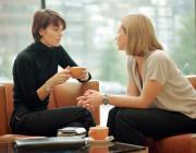 Что категорически нельзя рассказывать подругам: 4 правила от психолога