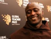 Чем занимается лучший в мире учитель и за что ему дали миллион долларов?
