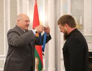 Ордена Беларуси: кому присуждают, как выглядят и что за них полагается?