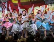 Как в Микашевичах молодежный фестиваль проходил