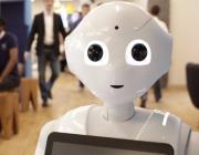 Первого робота-продавца уволили спустя неделю за тупые шутки