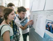 В вузы Беларуси за последние восемь лет стали принимать почти в два раза меньше студентов