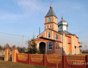 Прихожане вышли на заготовку дров для церкви