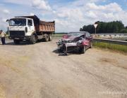 Водитель «Toyota» проигнорировал сплошную разделительную и на скорости врезался в МАЗ