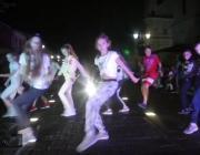 Ночные танцы на «Пинской пешеходке»