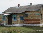 Жители деревни Лосичи: «Если вопрос с переносом ФАПа не решится, будем писать президенту»