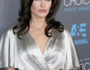 Анджелина Джоли снова борется за свое здоровье