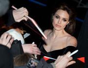Анджелина Джоли планирует уйти из кино после роли Клеопатры