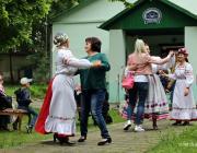 В парке «Маньковичи» учили танцевать «Краковяк»