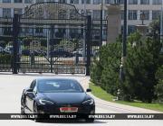 «Маск подарил». Лукашенко рассказал, откуда у него «Тесла»