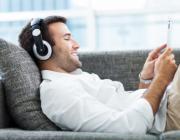 Топ-10 музыкальных композиций, которые ученые рекомендуют для снятия стресса