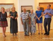 «Начинал рисовать углём на печке». 80-летний художник передал в дар пинскому музею 60 своих работ