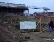 В Пинске стоки канализации промыли огромную яму