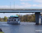 В Пинске мужчина прыгнул с моста в реку