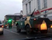 По Пинску ездил военный броневик