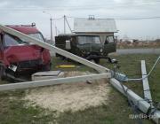 В Столине по причине ДТП повалены опоры электропередач