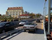 По временному мосту в Пинске пустили автотранспорт