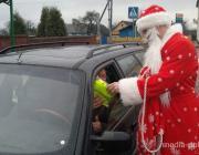 Сотрудники Стоинской ГАИ поздравляли водителей и пешеходов