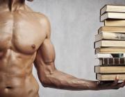 10 умных вещей, которые делают парней сексуальными