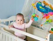 Детям не на чем спать: кто может пожертвовать детскую кроватку?